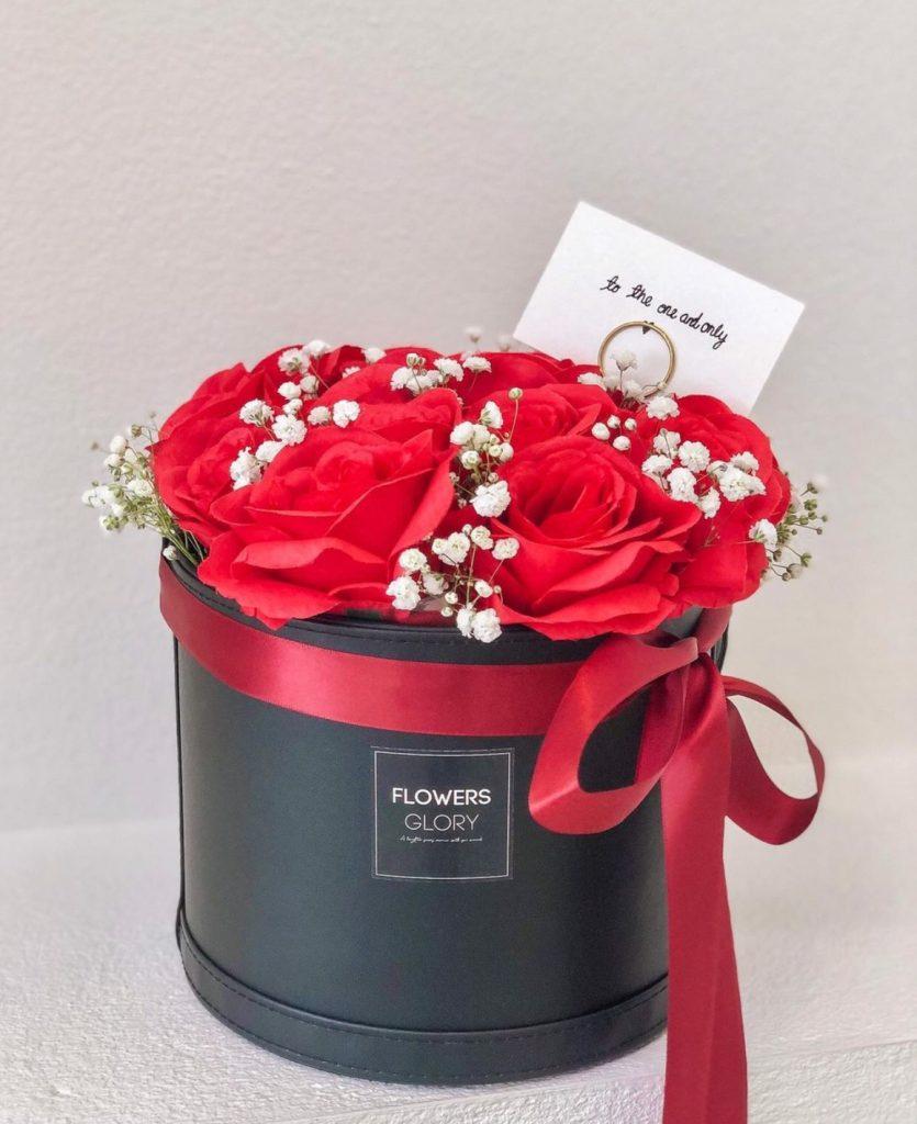 ช่อดอกไม้วาเลนไทน์สิ่งสื่อรักสุดฮิต