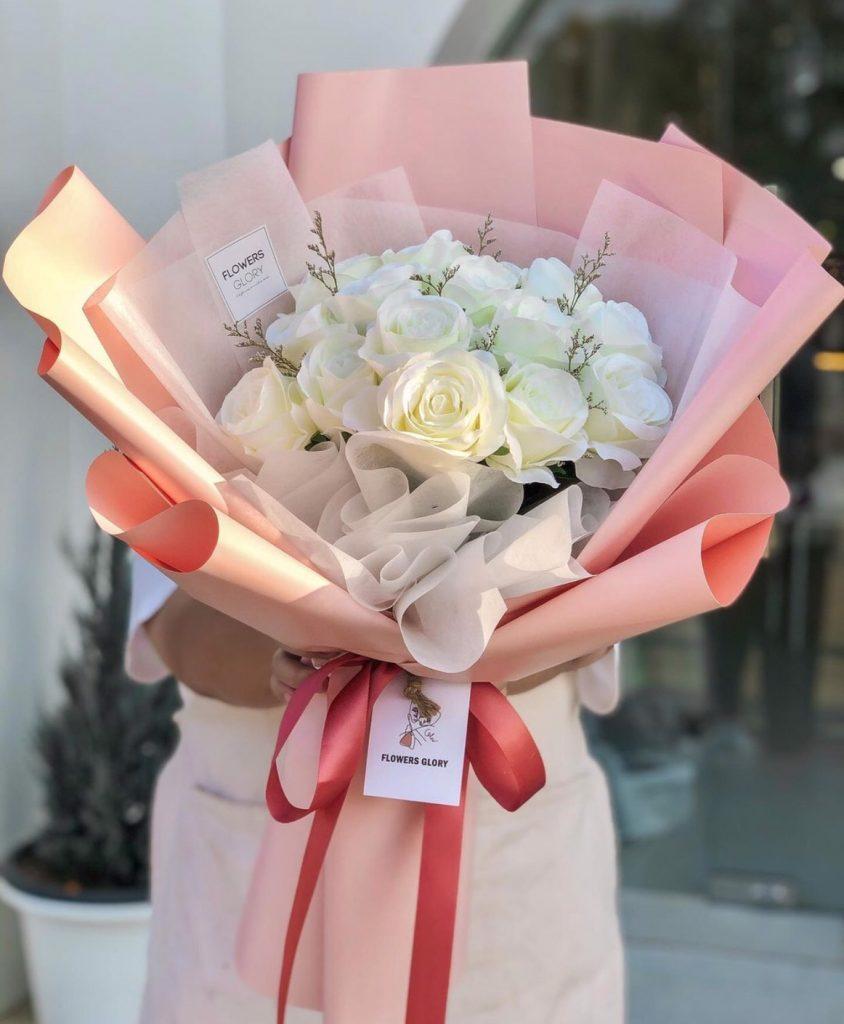 ช่อดอกไม้วาเลนไทน์สื่อรักที่บริสุทธิ์