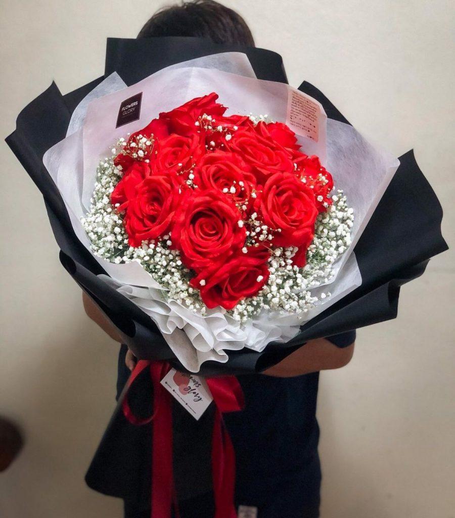 ช่อดอกไม้วาเลนไทน์ไม่ว่าผู้รับจะเป็นผู้หญิงหรือผู้ชายก็ได้หมด