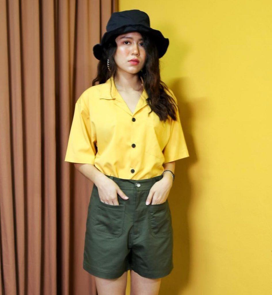 Pantone 2021กับเสื้อสีเหลืองอินเทรนด์