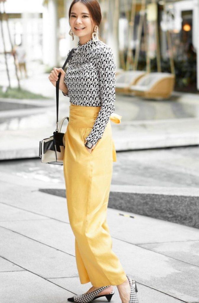 Pantone 2021กับกางเกงสีเหลืองน่าใส่สุดๆ