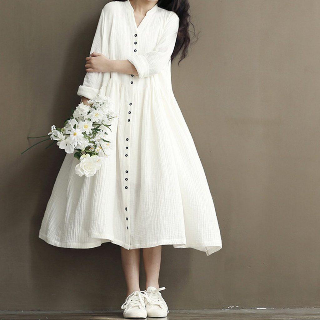 แต่งตัวเที่ยวสวนดอกไม้ ด้วยชุดเดรสสีขาว