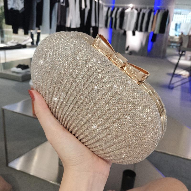 แฟชั่นกระเป๋าของสาว2021